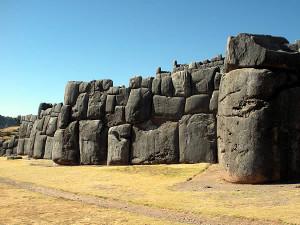 Inkafestung Sacsayhuaman, Cuzco, Peru. Autor Nello und Nadia Lubrina