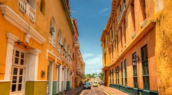 Cartagena de Indias, Colombia. Author Pedro Szekely (szeke). Licensed under the Creative Commons Attribution