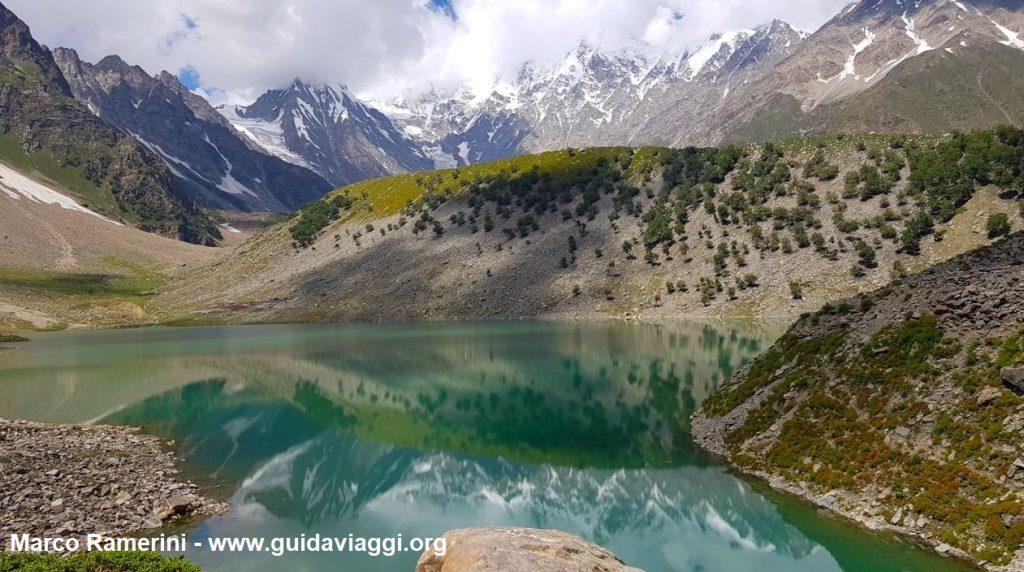 Rama-See und Nanga Parbat, Pakistan. Autor und Copyright Marco Ramerini