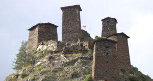 Die Dörfer Tuschetiens. Omalo, Tusheti, Georgien. Autor und Copyright Marco Ramerini