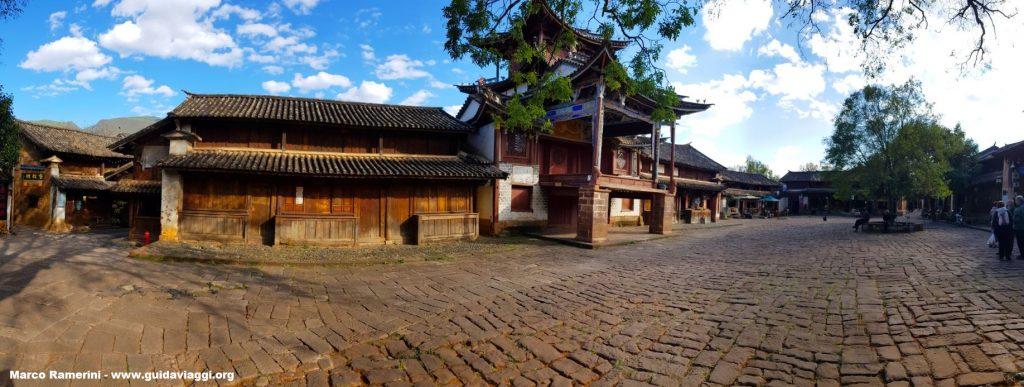 Touristische Attraktionen von Yunnan. Shaxi, Yunnan, China. Author and Copyright Marco Ramerini