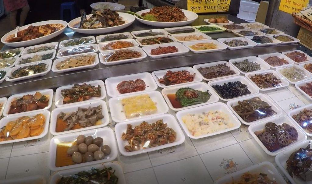Singi (Shingi) Market, Incheon, South Korea. Author and Copyright Marco Ramerini.