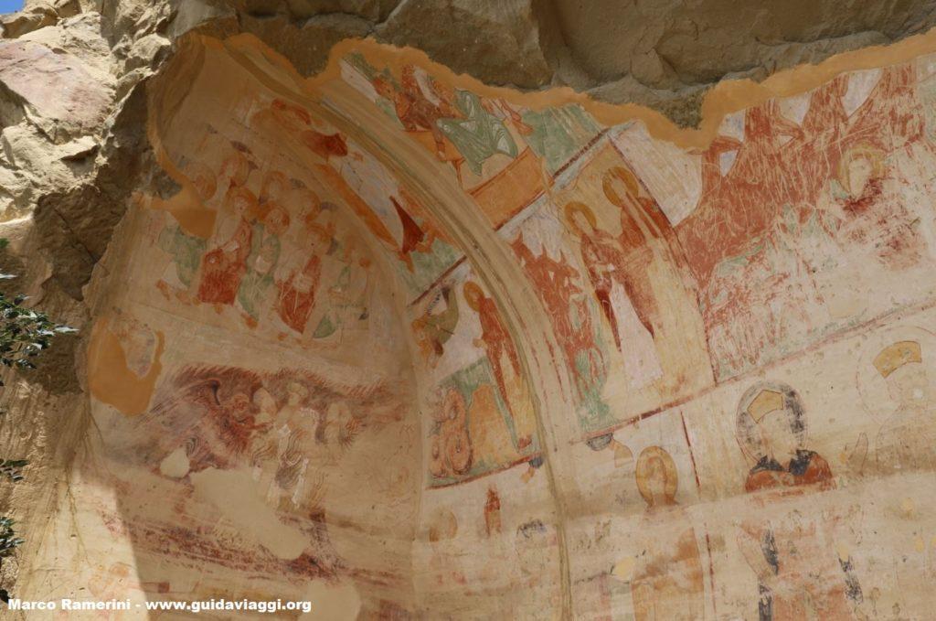 Fresken in den Höhlen, David Garedscha, Georgien. Autor und Copyright Marco Ramerini.