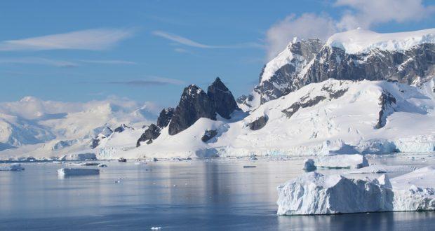 Reisen in die Antarktis. Danco Küste, Antarktis. Autor und Copyright Marco Ramerini