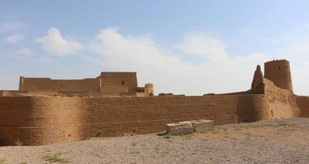 Narin Qal'eh fortress, Meybod, Iran. Author and Copyright Marco Ramerini ,.