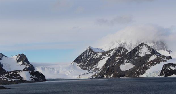 Hope Bay (Bahía Esperanza), Antarctic Sound, Antarctica. Author and Copyright Marco Ramerini
