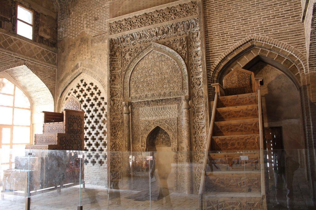 Mehrab Uljayto, Friday Mosque (Jāmeh Mosque), Isfahan, Iran. Author and Copyright Marco Ramerini