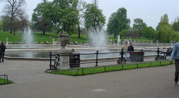 Italian Gardens, Kensington Gardens, London. Author and Copyright Niccolò di Lalla