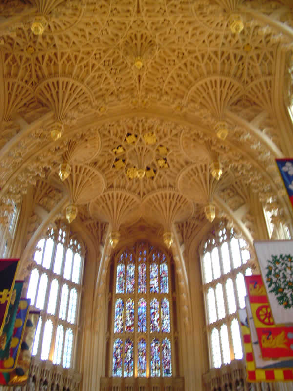 The ceiling of the Lady Chapel, Westminster Abbey, London. Author and Copyright Niccolò di Lalla