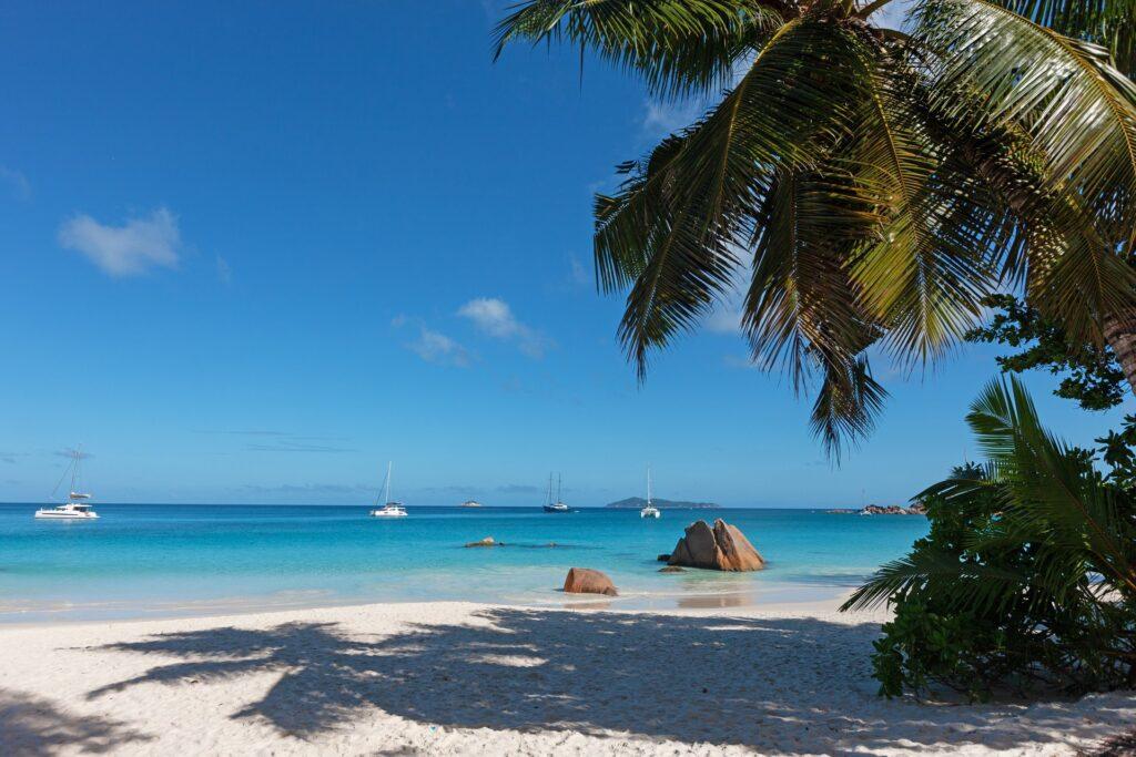 Anse Lazio, Praslin, Seychellen. Credit Paul Turcotte. Seychelles Tourism Board Media Hub