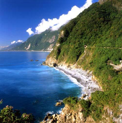 Cingshuei Cliff, Taiwan. Photo courtesy Taiwan Tourism Bureau