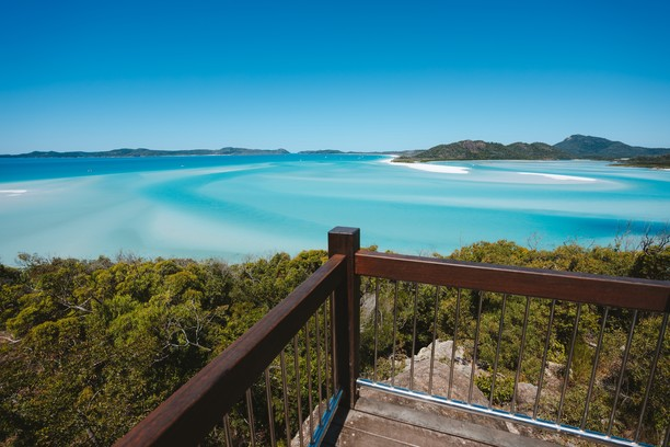 Hill Inlet Lookout, Whitehaven Beach, Queensland, Australia. Credit Tourism Australia