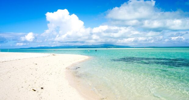 Kondoi Beach, Taketomi island, Yaeyama Islands, Okinawa Prefecture, Japan. Credit [©Okinawa Convention&Visitors Bureau] or [©OCVB]