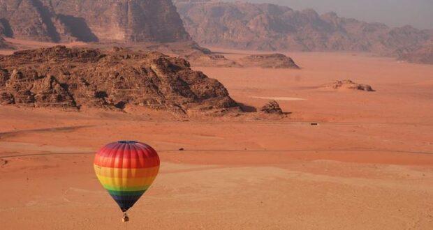 A hot air balloon in Wadi Rum, Jordan. Credit Jordan Tourism Board