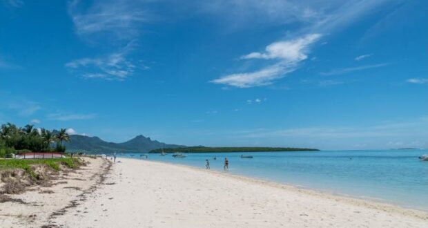 Ein Strand auf Mauritius. Credit Mauritius Tourism